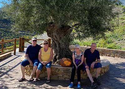 Pelle Hultmark con su mujer y unos amigos